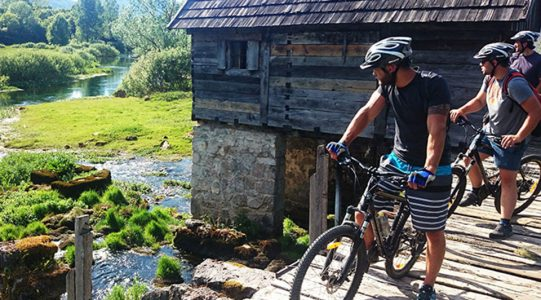 Cycling the Land of Waterfalls | Raftrek travel