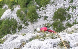 Climbing-Paklenica-national-park-Raftrek-travel-1