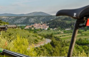 Dalmatia Weekend Adventure | Cycling-NP-Krka-River | Raftrek Adventure Travel Croatia