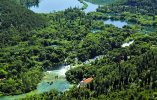 E-cycling Krka circuit | Skradinski Buk | Raftrek Adventure travel