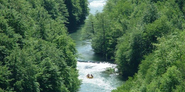 Mreznica Rafting Clear Rivers Country