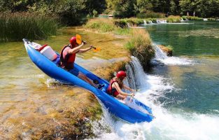 Mreznica kayaking | Raftrek Adventure Travel