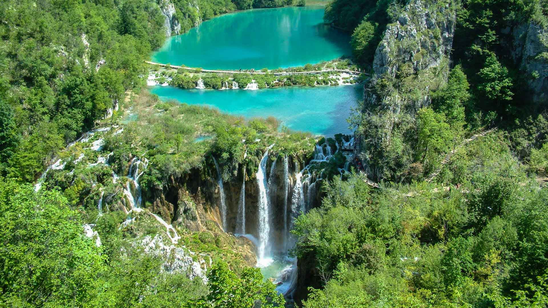 Fabelhaft Plitvice Lakes Croatia activity holiday | Raftrek Adventure Travel @KF_11