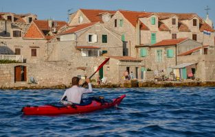 Sea-kayak-adventure-Croatia-Raftrek-travel (1 of 1)-2