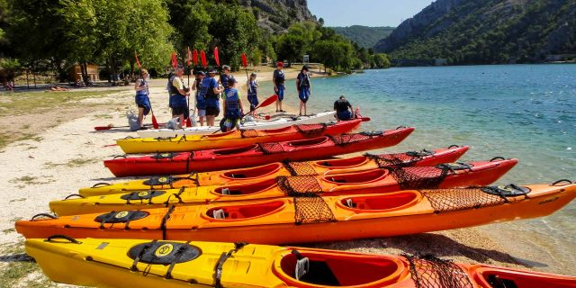 Outdoor oprema | Sea kayaking Skradin Bay | Raftrek Adventure Travel Croatia