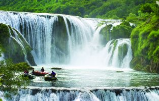 Rafting on Una river | Raftrek Adventure Travel
