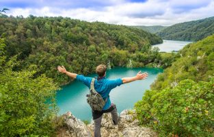 Walking Plitvice Lakes-Plitvicka jezera-Walking-Plitvice-lakes-Croatia-Raftrek-travel (1 of 1)