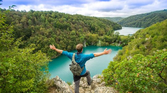 Walking Plitvice Lakes | Raftrek travel