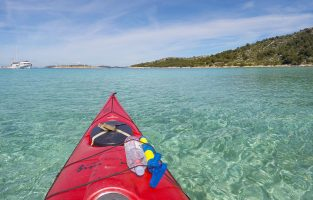 Sea-kayaking-Murter-island-Raftrek