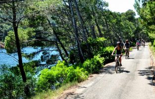 Experience Croatia road tripping-Dubrovnik Sailing Multisport-Raftrek travel